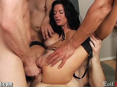 EvilAngel Veronica Avluv Double Anal Gangbang