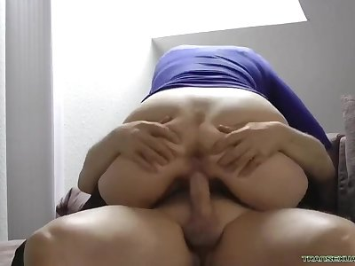 Naughty German Mom Blowjob And Creampie