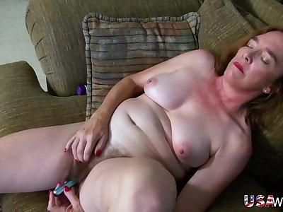 USAwives Hairy Granny Pusssy Fucked With Fuck-fest Toy
