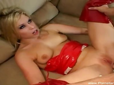 Horny Daughter Fucks Step Daddy