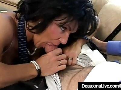Texas Milf Deauxma Is Anal Banged By A Fan!