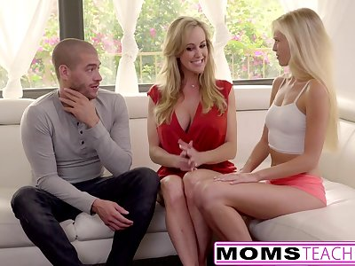 Cum Longing Teen Alex Grey Fucks Stepmom & Brother